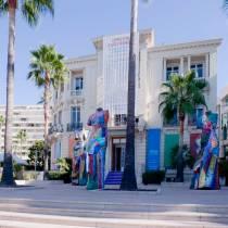 Centre d'Art La Malmaison. Salle d expositions. Cannes